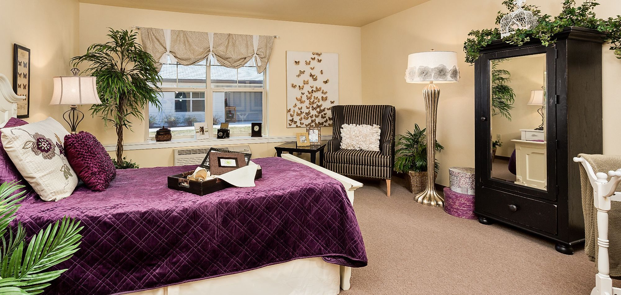 Tips For Decorating Bedrooms For Elderly People - England ...
