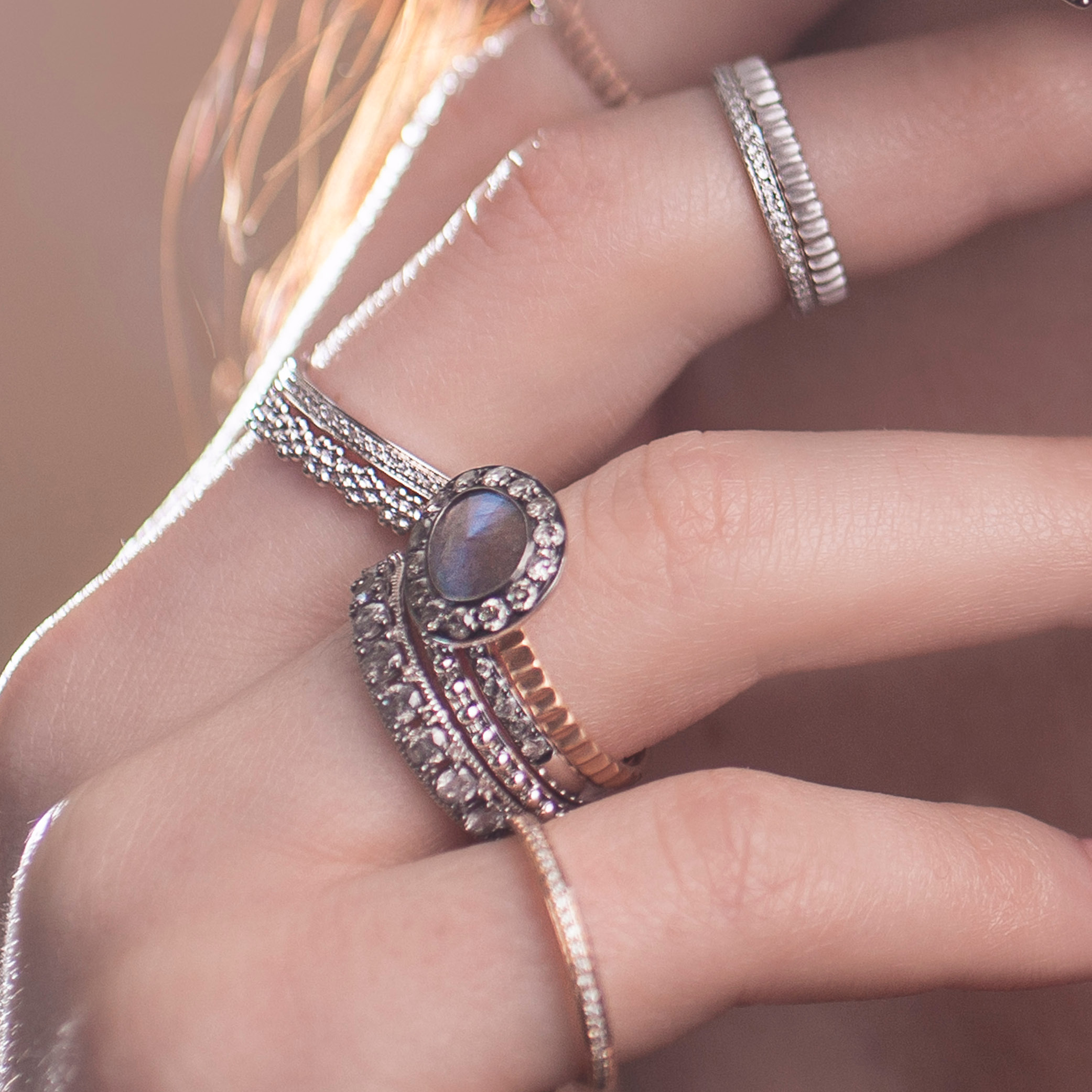 What To Look For In An Eternity Ring - England Lifestyle