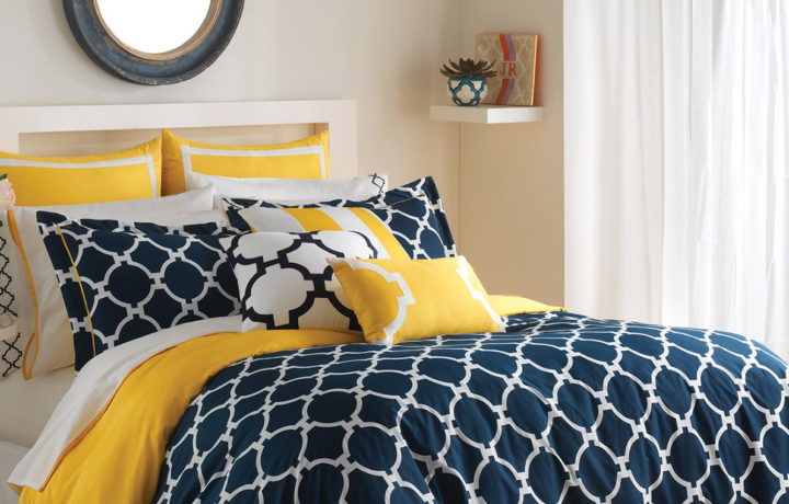 Tips To Brighten Up The Mood In Your Bedroom With Colourful Beddings