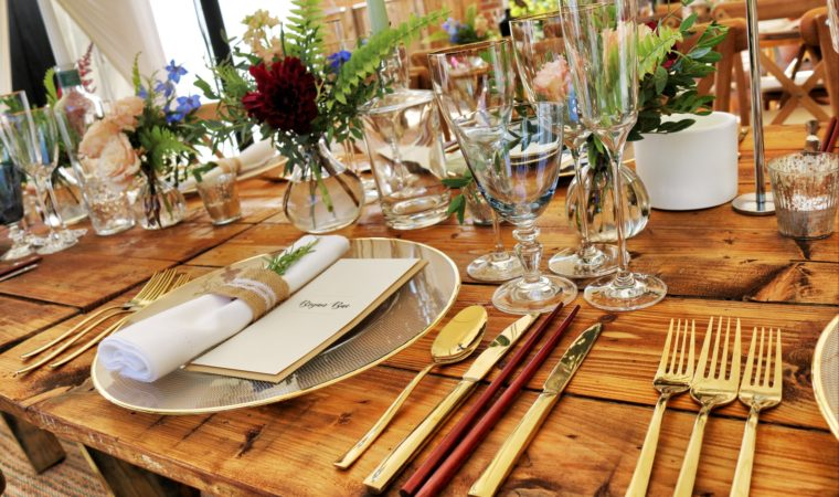 How To Receive The Best Party Catering Services?